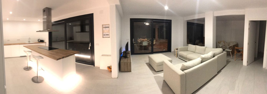 Villa Costa Barcelona kitchen and living room by night