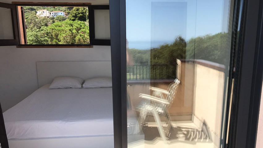 Villa Costa Barcelona view bedroom New York from balcony