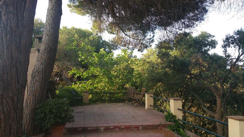 Outside kitchen and terrace Villa Costa Barcelona